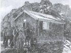 Die erste Finsteraarhornhütte von 1905 beim »alten Hüttenplatz« (100 m oberhalb des heutigen Standorts)
